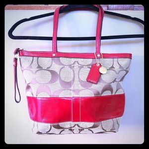 Coach brown signature & red patent leather purse!